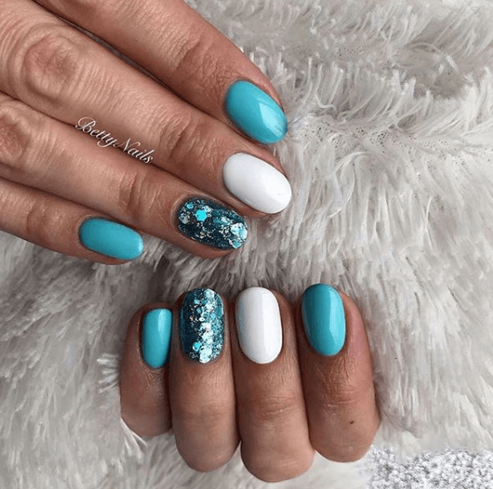 sparkly blue and white nails