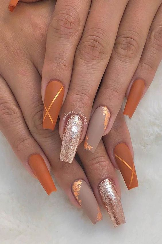Fall Nails Inspiration For This Autumn Featuring Gel Polish